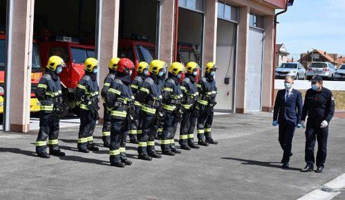 Stefanović otvorio novu zgradu vatrogasno-spasilačke čete u Lazarevcu 6