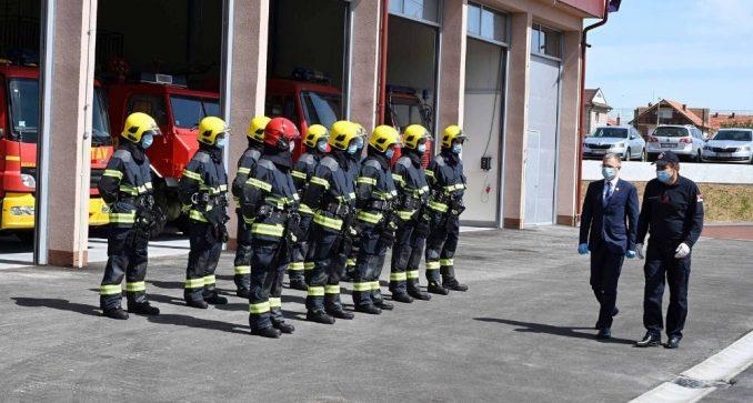 Stefanović otvorio novu zgradu vatrogasno-spasilačke čete u Lazarevcu 1