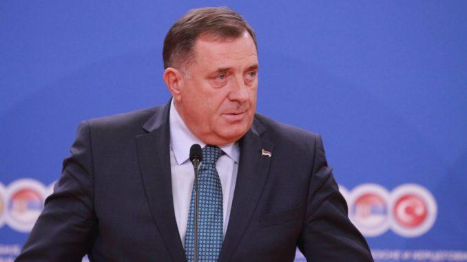 Dodik: Neumesno da Komšić komentariše situaciju u Srbiji u vezi s Kosovom 1