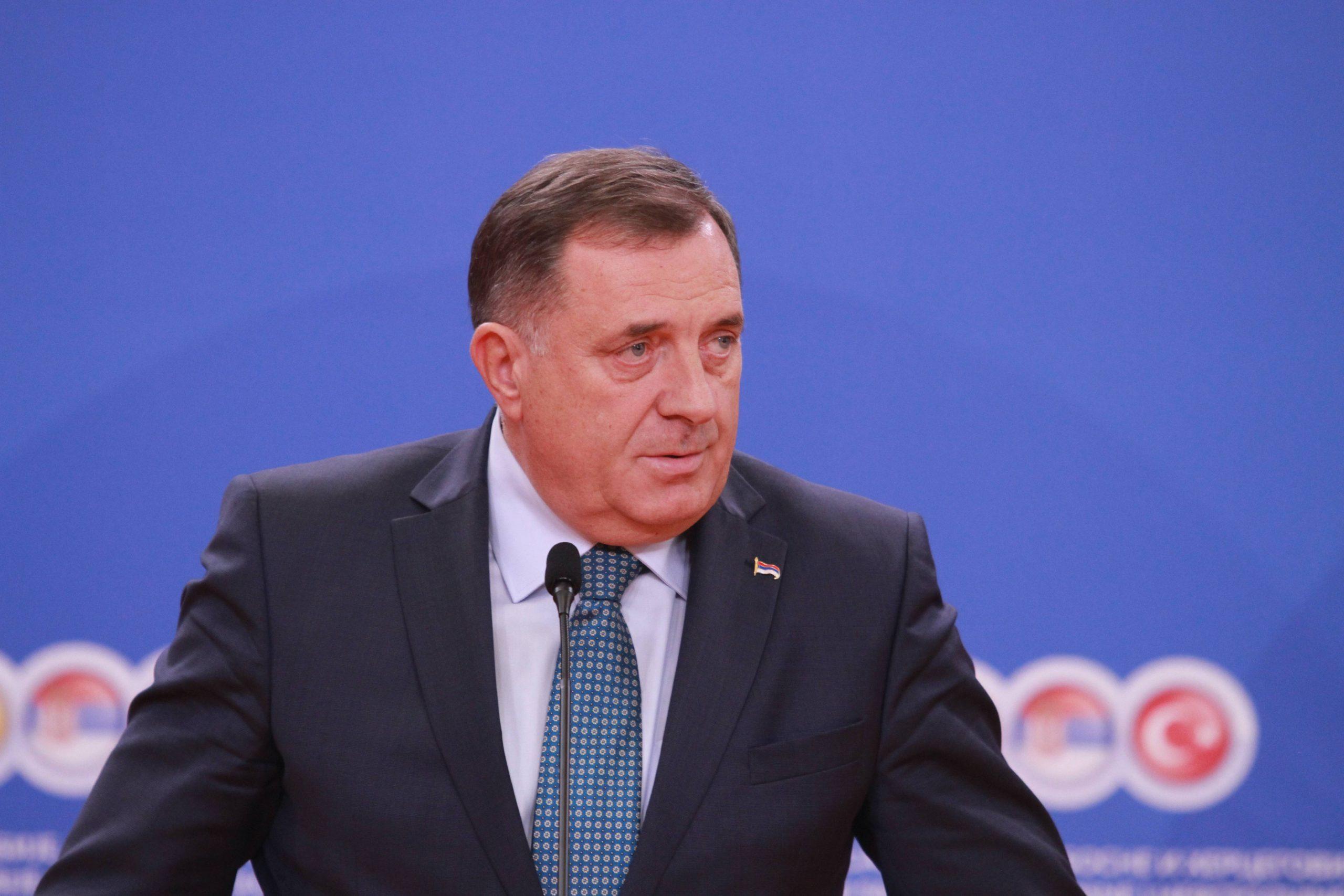 Dodik preti otcepljenjem zbog Inckovog zakona o zabrani negiranja genocida 1