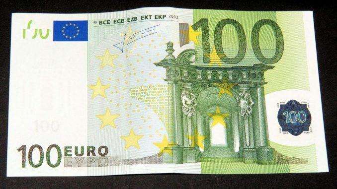 Za pomoć od 100 evra se prijavilo milion građana u prvih pet sati 1