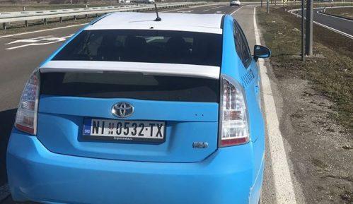 Povratak taksista na poslovanje pre korone tek za godinu dana (VIDEO) 1