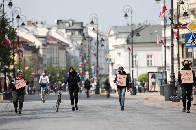 U Poljskoj 16.300 novozaraženih koronom za dan i 132 mrtvih 2