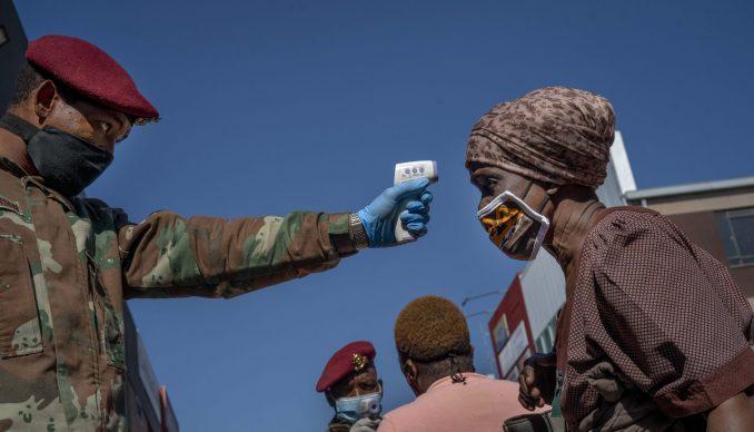Kina obezbeđuje Africi 30 miliona testova i 10.000 respiratora mesečno 1