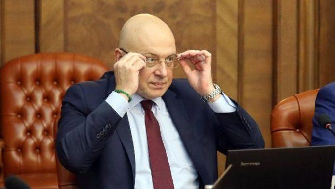 Ministar Vukosavljević o izjavama Aje Jung: Crno srce gnevne krtolice 2