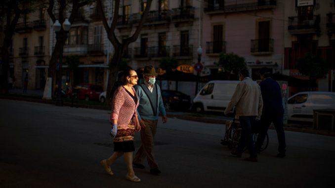 U Španiji još 176 osoba umrlo od posledica korona virusa 4