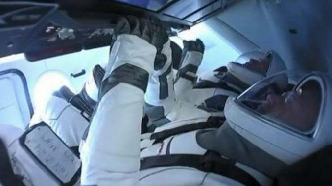 Prva privatna letelica lansirana u svemir (VIDEO) 4