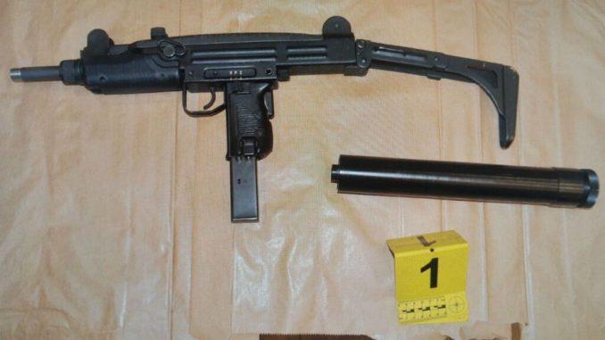 Crnogorski državljanin uhapšen zbog sumnje da je naoružan ušao u kafić na Vračaru 2