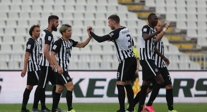 Partizan pobedio lučansku Mladost 2