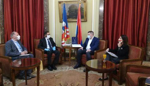 Nikodijević sa ambasadorom Indije: Pokrenuta inicijativa da se u Beogradu postavi bista Tagorea 12