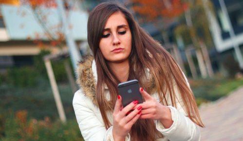 Švajcarci dobili aplikaciju koja upozorava ako su u kontaktu sa zaraženim 13