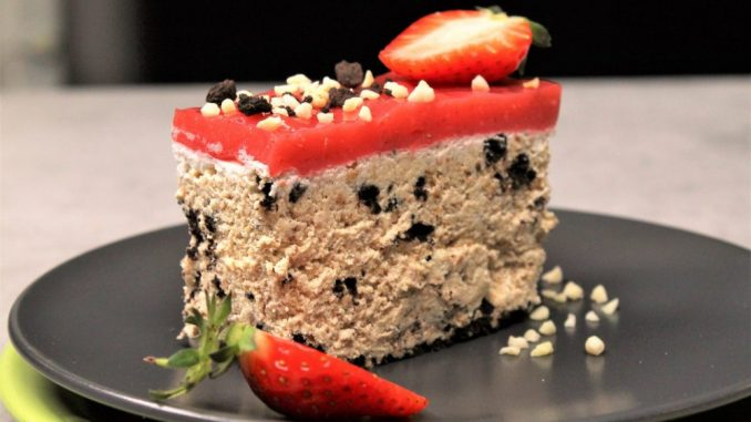 Recept nedelje: Torta lenja žena sa jagodama 3