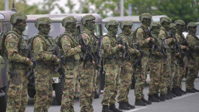 Vojska čuva rejting vlasti 2