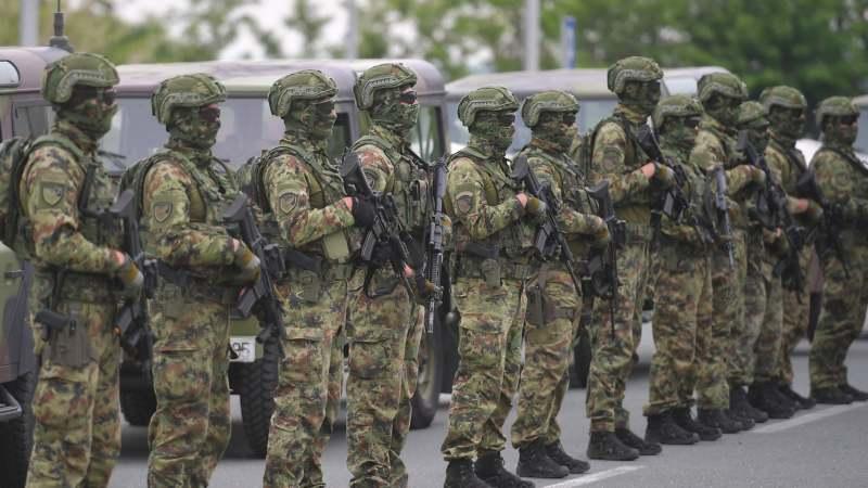 Vojska Srbije u migrantskim kampovima u Šidu (FOTO) 2