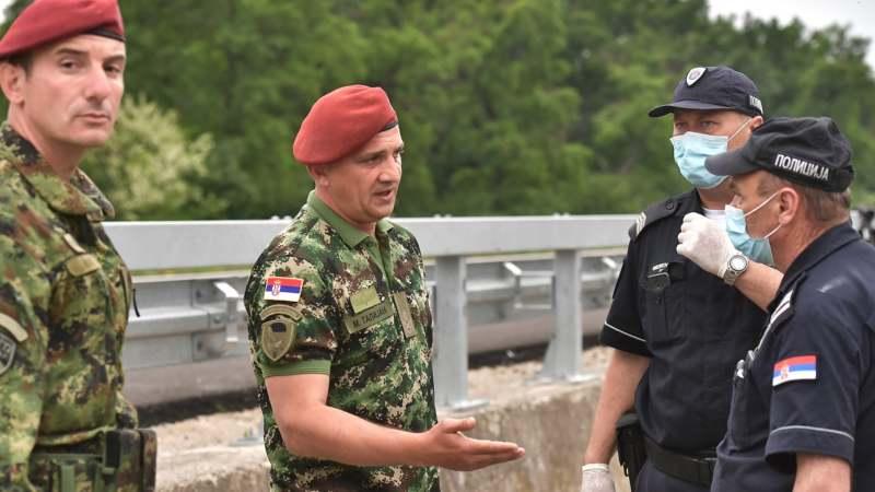 Vojska Srbije u migrantskim kampovima u Šidu (FOTO) 4