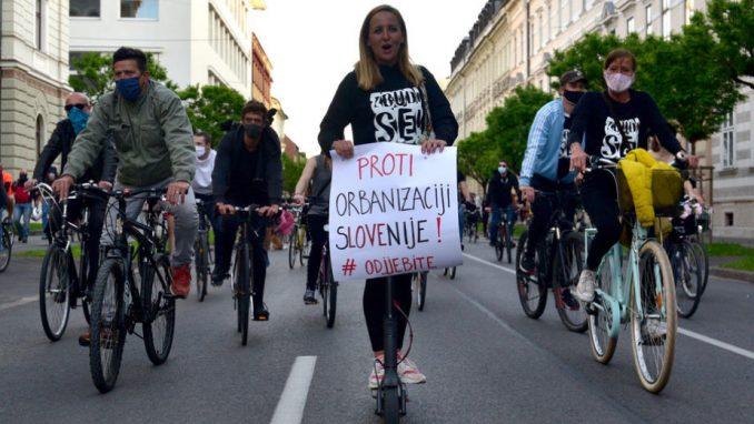 Demokratija i sloboda medija brane se biciklima 2