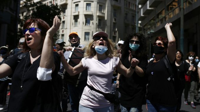Ulični protest u Grčkoj zbog korone 4