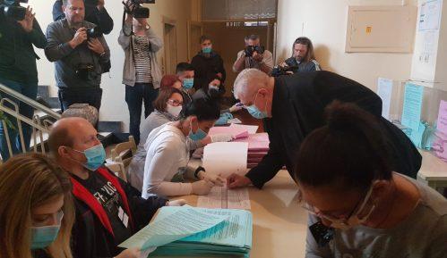 """Čanak glasao na """"najčudnijim"""" izborima 11"""