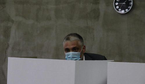 Jovanović: Današnji izbori posebni zbog atmosfere u političkom životu 15