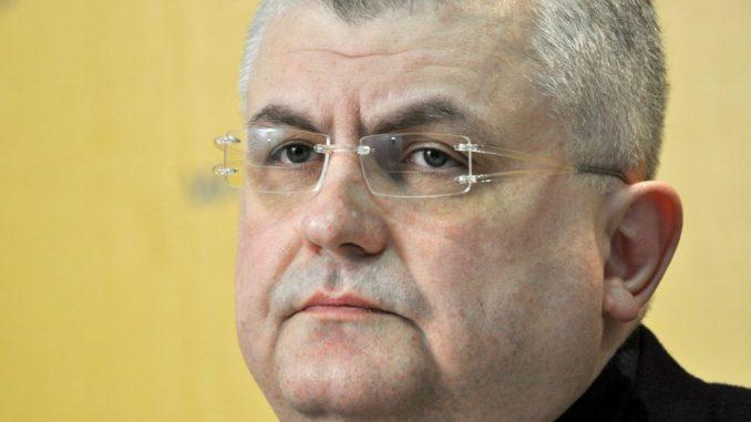 Čanak: Rusija reketira energetski ucenjenu Srbiju prodajom oružja 1