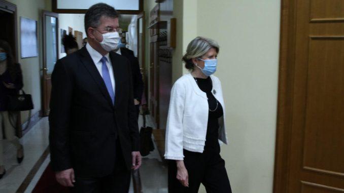Kosovo: Oštre reakcije na izjavu Lajčaka da Ustav nije biblija 2