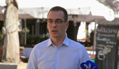 Bastać: Podići spomenik Goranu Vesiću kao najvećem rušitelju Beograda 15