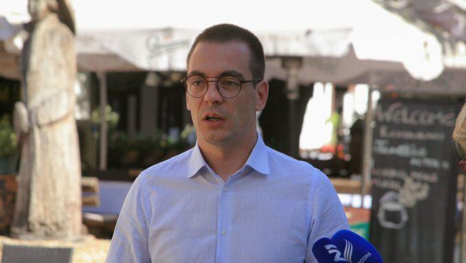 Bastać: Podići spomenik Goranu Vesiću kao najvećem rušitelju Beograda 1
