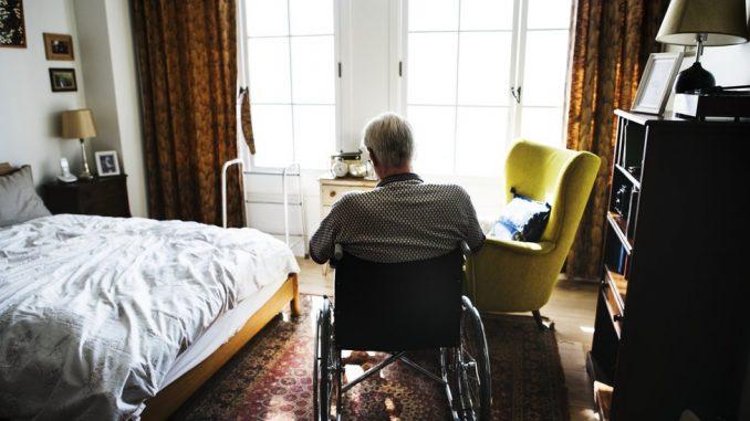 Korona virus: U domu za stare u Petrovaradinu 28 zaraženih, u Severnoj Makedoniji najveći broj novoobolelih u jednom danu od početka pandemije 5