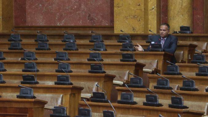 O replikama, amandmanima i restoranu: Šta poslanici zapravo rade u Skupštini Srbije 4