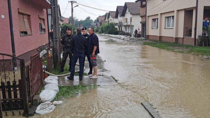 """Poplave u Srbiji: """"Nadali smo se da voda neće stići do nas, ali sve je uništila"""" 3"""