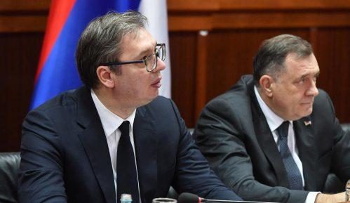 Spirić (SSP) tražila od Vučića dva sanitetska vozila za Opštu bolnicu u Leskovcu 4