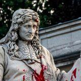 Oštećena statua francuskog državnika 6
