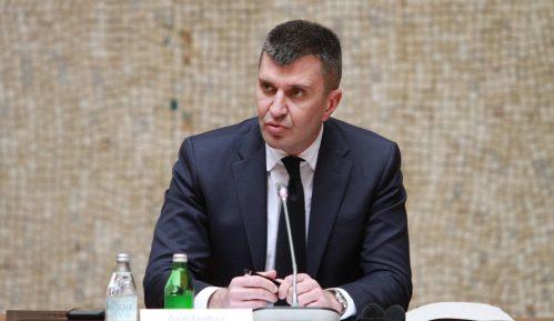Đorđević: Vlada garantuje prava zaposlenih na aerodromu, neće biti otkaza 9
