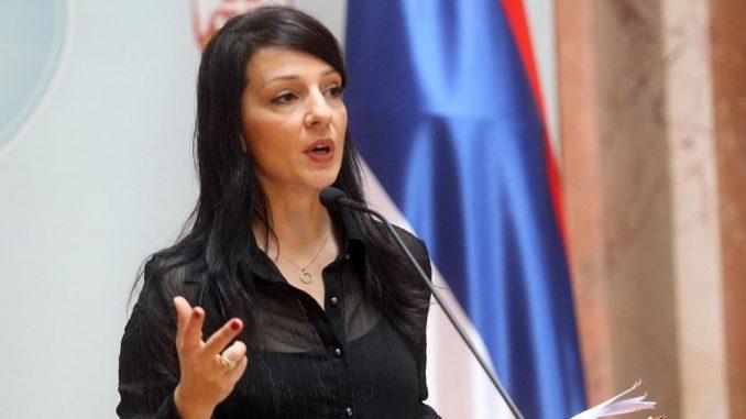 Žene zaposlene u javnom sektoru u Jagodini podnele 393 krivične prijave protiv Marinike Tepić 5