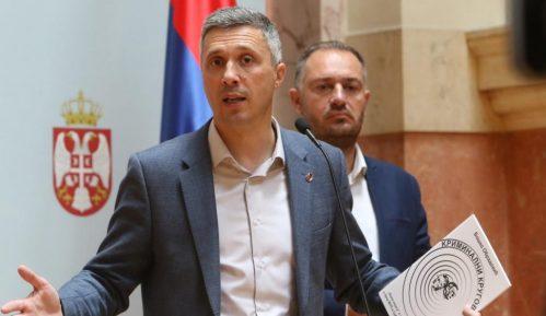 Obradović: Srbiju predstavlja neovlašćena delegacija SNS-a 6