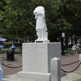 Statue Kristofera Kolumba na meti napada demonstranata u Bostonu i u Virdžiniji 7