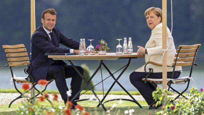 Merkel ugostila Makrona uoči preuzimanja predsedavanja EU 1