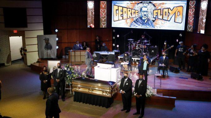 Poznate ličnosti, aktivisti i drugi okupili se na komemoraciji Džordžu Flojdu u Mineapolisu 4