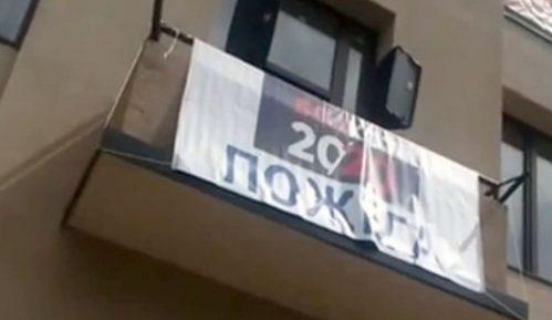 Uoči Vučićeve posete Požegi, uklonjen baner o bojkotu izbora 2