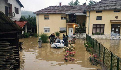 Zbog otvaranja brane mini-hidroelektrane poplavljeno selo Krepoljin 9