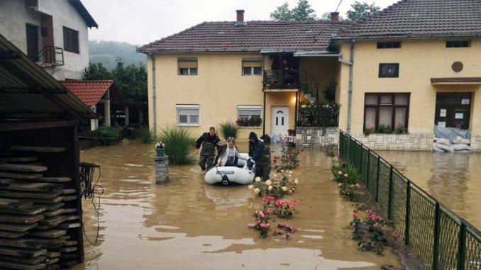 Zbog otvaranja brane mini-hidroelektrane poplavljeno selo Krepoljin 3