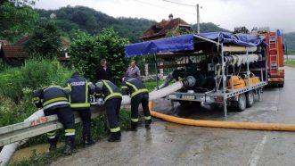 Zbog poplava vanredno stanje u Ivanjici, u 14 opština vanredna situacija (FOTO, VIDEO) 4