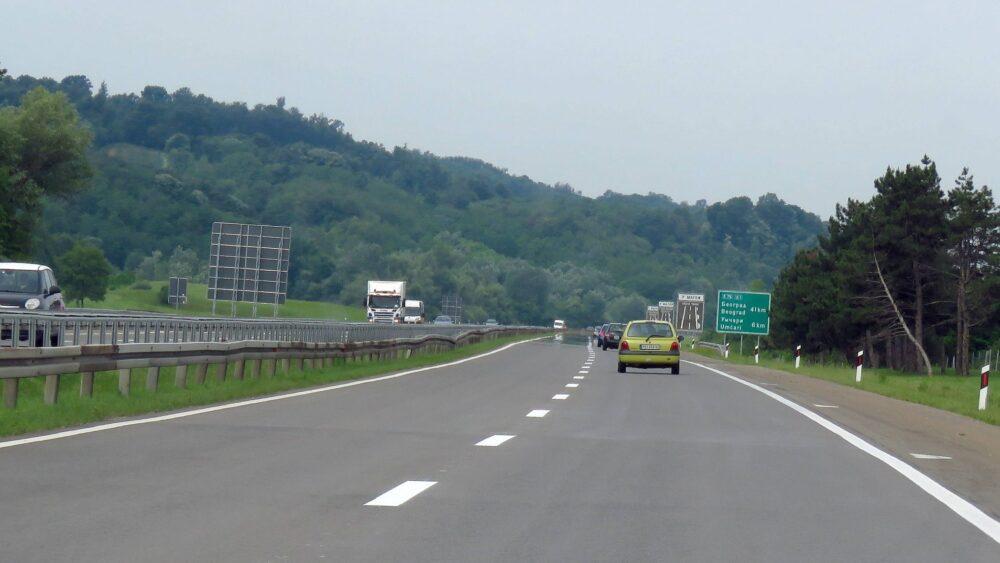 Bez većih zadržavanja na izlasku i ulasku vozila na graničnom prelazu Tabanovci 1