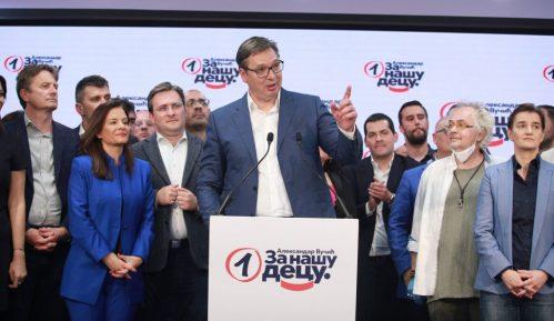 SRS: Aleksandar Vučić potpuno ugasio demokratiju u Srbiji 15