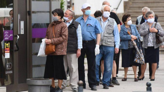 Priština: Ograničenja za osobe starije od 65 godina 5