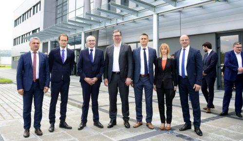"""GG """"Čačak je naš"""": Vučićevo otvaranje fabrike Forverk primer funkcionerske kampanje 9"""