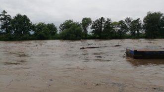 Zbog poplava vanredno stanje u Ivanjici, u 14 opština vanredna situacija (FOTO, VIDEO) 9