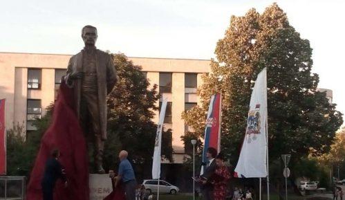 Otkriven spomenik Jevremu Obrenoviću u Šapcu (VIDEO) 14