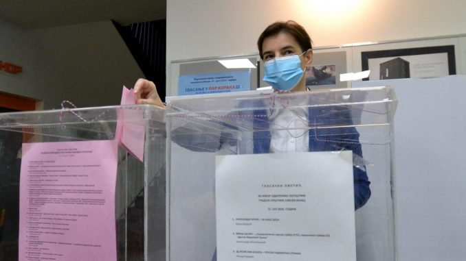 Brnabić: Nadam se da će građani potvrditi da su zadovoljni rezultatom rada SNS-a 3