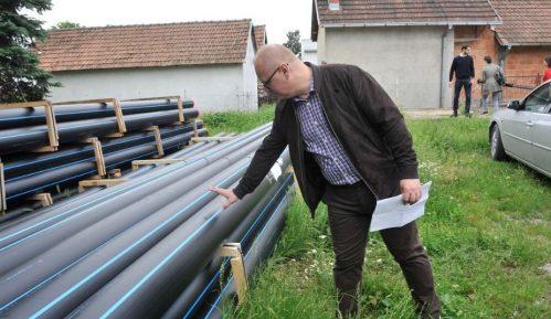 Vesić: Nastavljamo sa izgradnjom vodovodne mreže u Obrenovcu 13